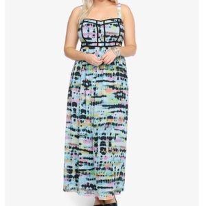 ➕ Torrid Tie-Dye Maxi Dress